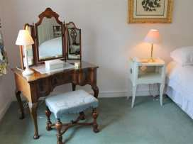 Winterbourne Cottage - Somerset & Wiltshire - 988908 - thumbnail photo 15