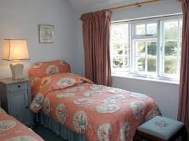 Winterbourne Cottage - Somerset & Wiltshire - 988908 - thumbnail photo 16