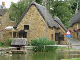 Spring Cottage - Cotswolds - 988909 - thumbnail photo 2