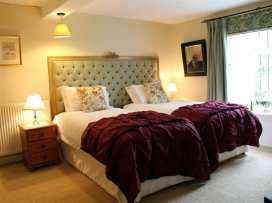 Dean Hall - Cotswolds - 988932 - thumbnail photo 18