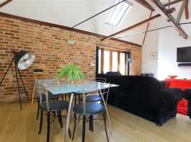The Brown Street Apartment - Somerset & Wiltshire - 988938 - thumbnail photo 6