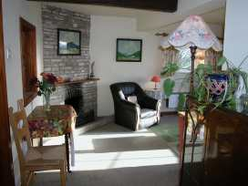 Stable Cottage, Little Somerford - Somerset & Wiltshire - 988943 - thumbnail photo 2