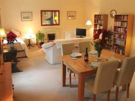 Middle Farm Cottage - Somerset & Wiltshire - 988960 - thumbnail photo 2
