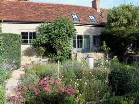 Kings Cottage - North - Somerset & Wiltshire - 988964 - thumbnail photo 1