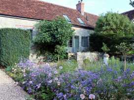 Kings Cottage - North - Somerset & Wiltshire - 988964 - thumbnail photo 2