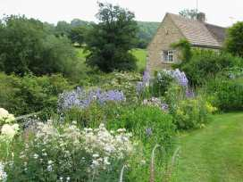 Neathwood Cottage - Cotswolds - 988975 - thumbnail photo 1