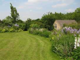 Neathwood Cottage - Cotswolds - 988975 - thumbnail photo 2