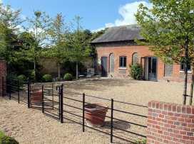 The Stable, Broadchalke - Somerset & Wiltshire - 988977 - thumbnail photo 2