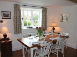 Church Steps Cottage - Somerset & Wiltshire - 988980 - thumbnail photo 9