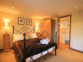 Henmarsh Cottage - Cotswolds - 988992 - thumbnail photo 18