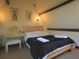 Henmarsh Cottage - Cotswolds - 988992 - thumbnail photo 20