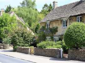 Claypot Cottage - Cotswolds - 988995 - thumbnail photo 2