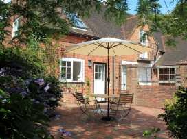 Granary Cottage - Kent & Sussex - 988999 - thumbnail photo 4