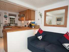 Blueboat Cottage - Devon - 995256 - thumbnail photo 3
