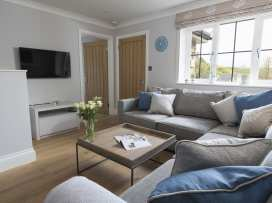 1 Coachman's Cottage, Hillfield Village - Devon - 995325 - thumbnail photo 4
