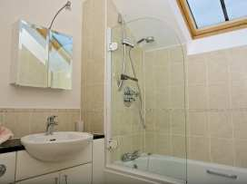 Oceanview Apartment - Devon - 995661 - thumbnail photo 18