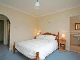 Valley View, 9 St Elmo Court - Devon - 995894 - thumbnail photo 11