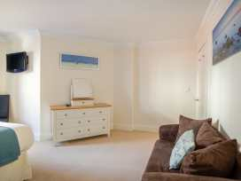 Harbourside Penthouse - Dorset - 999829 - thumbnail photo 11