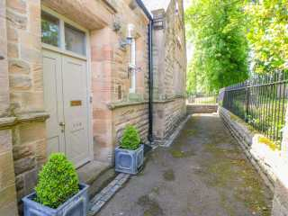 2 St. Marys Close photo 1