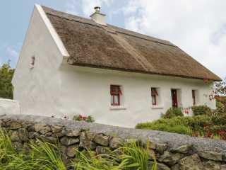 Spiddal Thatch Cottage photo 1