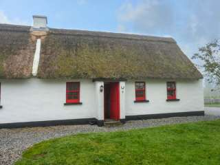 Photo of No. 9 Tipperary Thatched Cottages