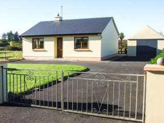 Mullagh Cottage - 917695 - photo 1