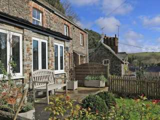 2 Rock Cottage photo 1