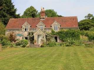 Hatch Cottage - 989004 - photo 1