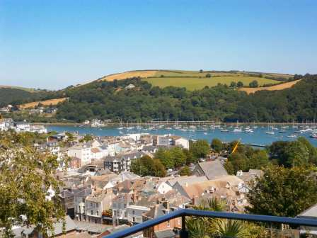 Dartmouth Holiday Homes | Coast & Country Cottages