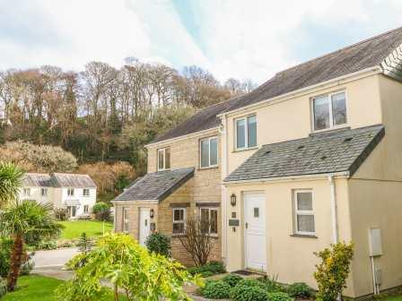Super Pendra Loweth Falmouth Cornish Cottage Holidays Download Free Architecture Designs Salvmadebymaigaardcom