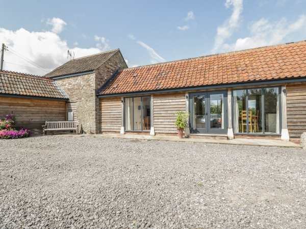 Awe Inspiring Golden Valley Barn Oldbury On Severn Oldbury Naite Download Free Architecture Designs Sospemadebymaigaardcom