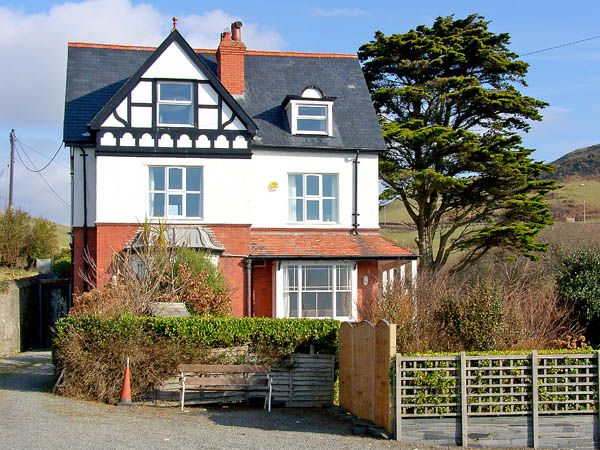 Brodawel House photo 1