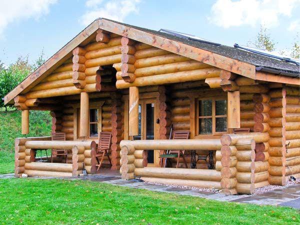 cedar log cabin brynallt country park welsh frankton self