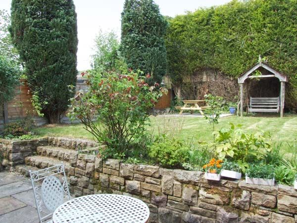 Lower Lane House | Chinley | Whitehough | Peak District | Self ...