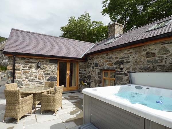Cool Briws Llangwm Self Catering Holiday Cottage Beutiful Home Inspiration Xortanetmahrainfo