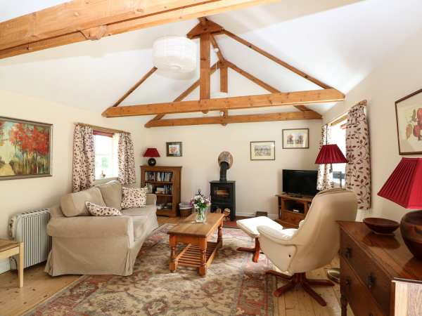 3bda15d7f3bea The Apple Store | Nettleton | Self Catering Holiday Cottage