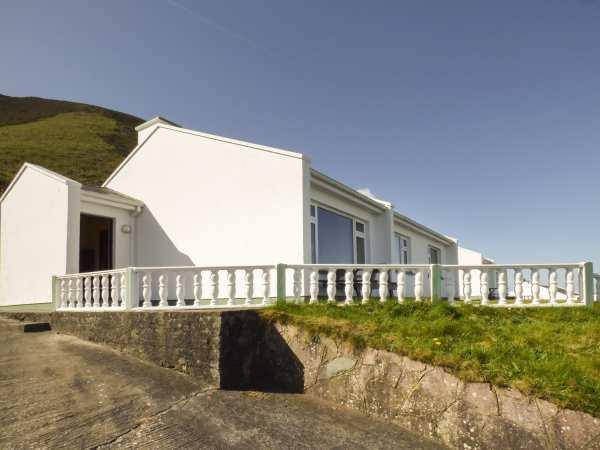Rossbeigh Beach Cottage No 8 photo 1