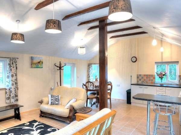 Brook Cottage Photo 1