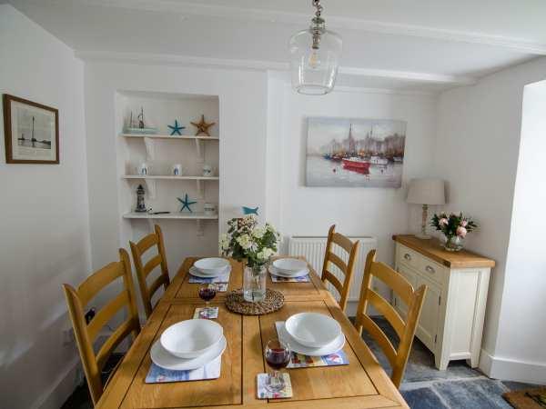 Eddystone Cottage | Wadebridge | Self Catering Holiday Cottage