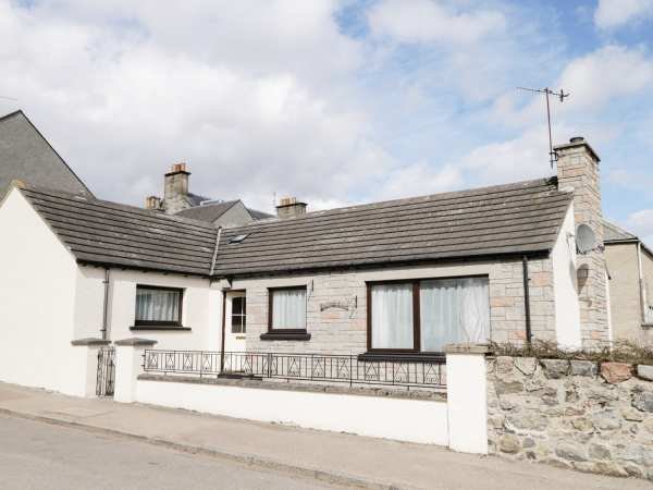 Dalnahaven | Grantown-on-spey | Self Catering Holiday Cottage
