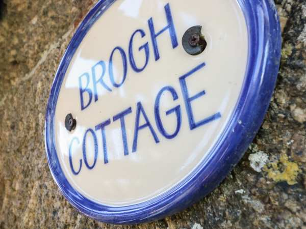 Brogh Cottage, Sennen photo 1
