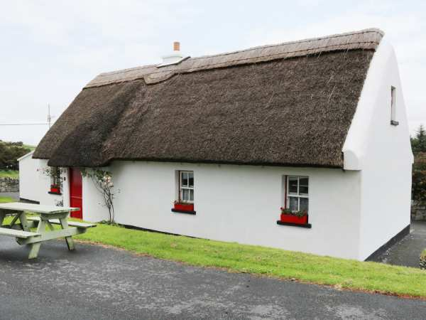 No 9 Renvyle Thatched Cottages photo 1