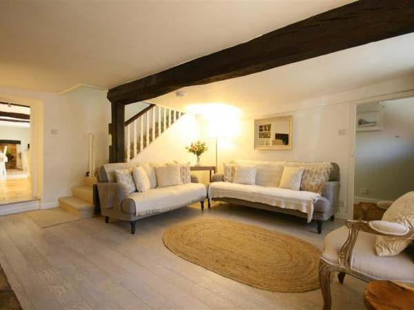 Surprising Providence Cottage Burford Self Catering Holiday Cottage Download Free Architecture Designs Embacsunscenecom