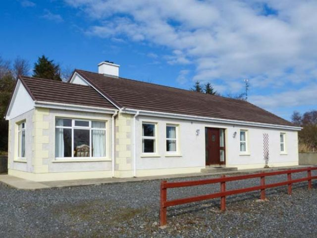 Creeslough View - 935559 - photo 1