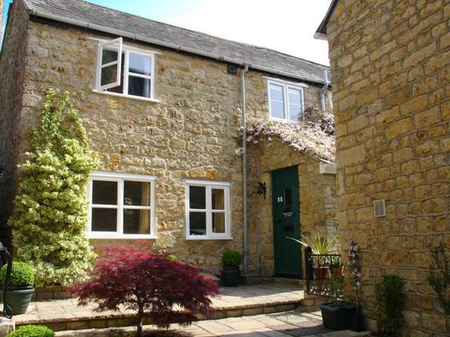 Fiddlesticks Cottage - 976064 - photo 1