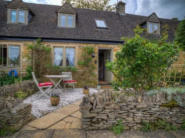 Bobble Cottage - 988654 - photo 1