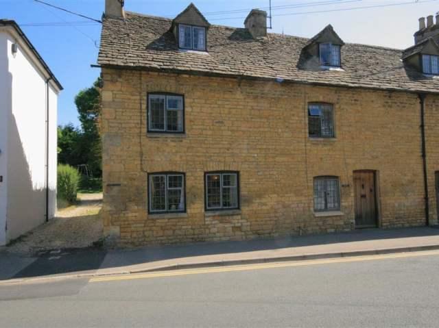 Newbury Cottage - 988698 - photo 1
