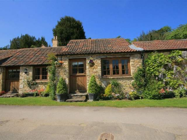 Stable Cottage - 988723 - photo 1