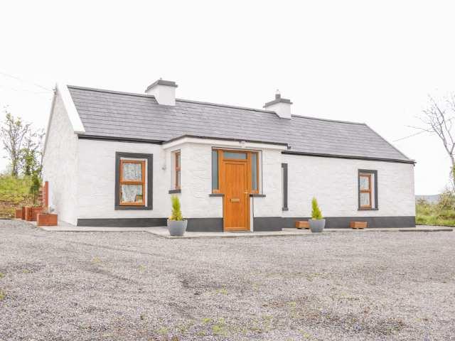 Mc's Cottage - 989958 - photo 1