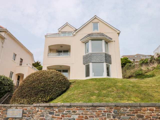 6 Chichester Court - 995123 - photo 1